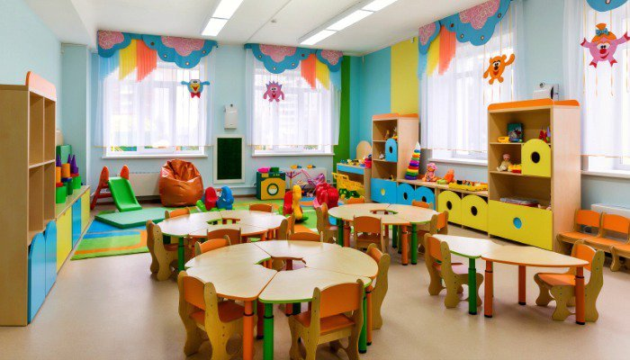 8 Things You Should Never Ever Say to a Daycare Mom!
